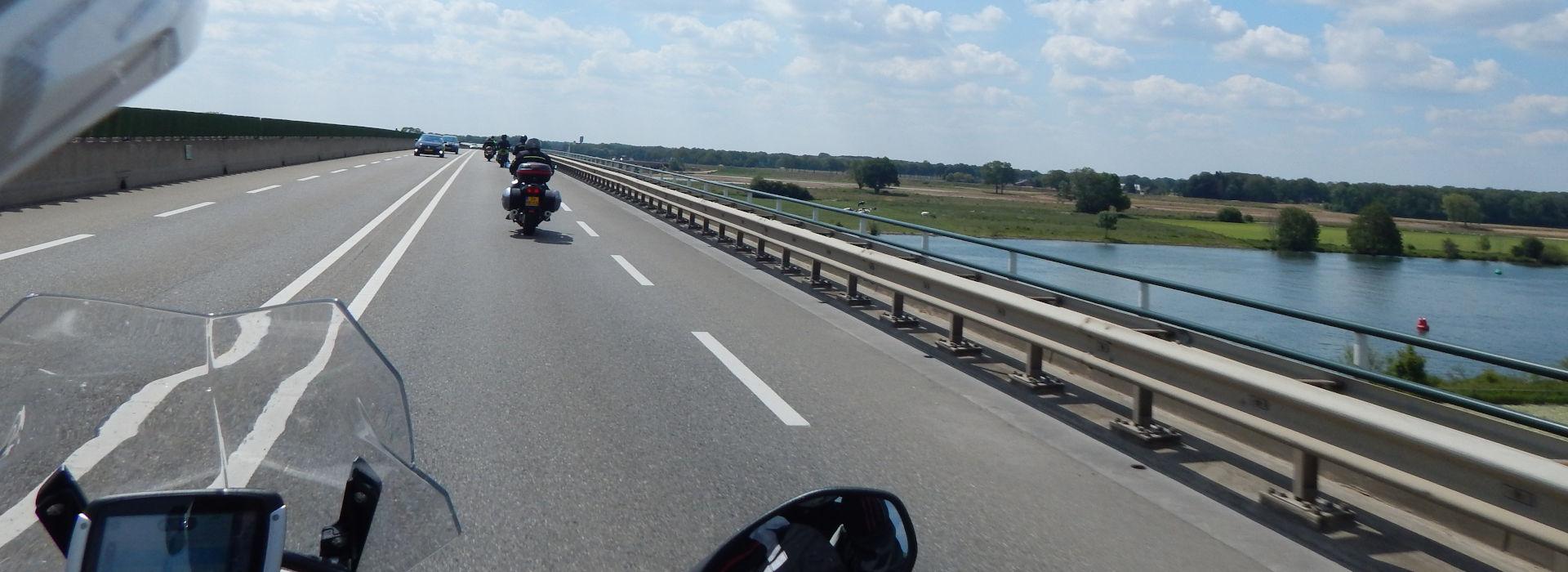 Motorrijschool Motorrijbewijspoint Gendt motorrijlessen